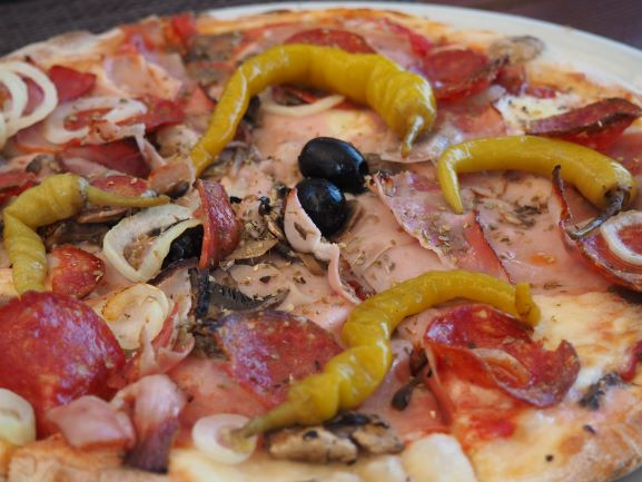 Fresh-Pizza-Two-Olives-Old-Town-Korcula-Island-Croatia